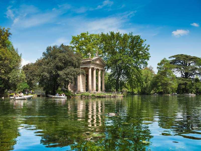 Rome. Villa Borghese lake